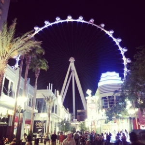 The High Roller at night, summer 2014.